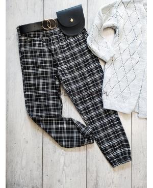 Spodnie w kratę z torebką